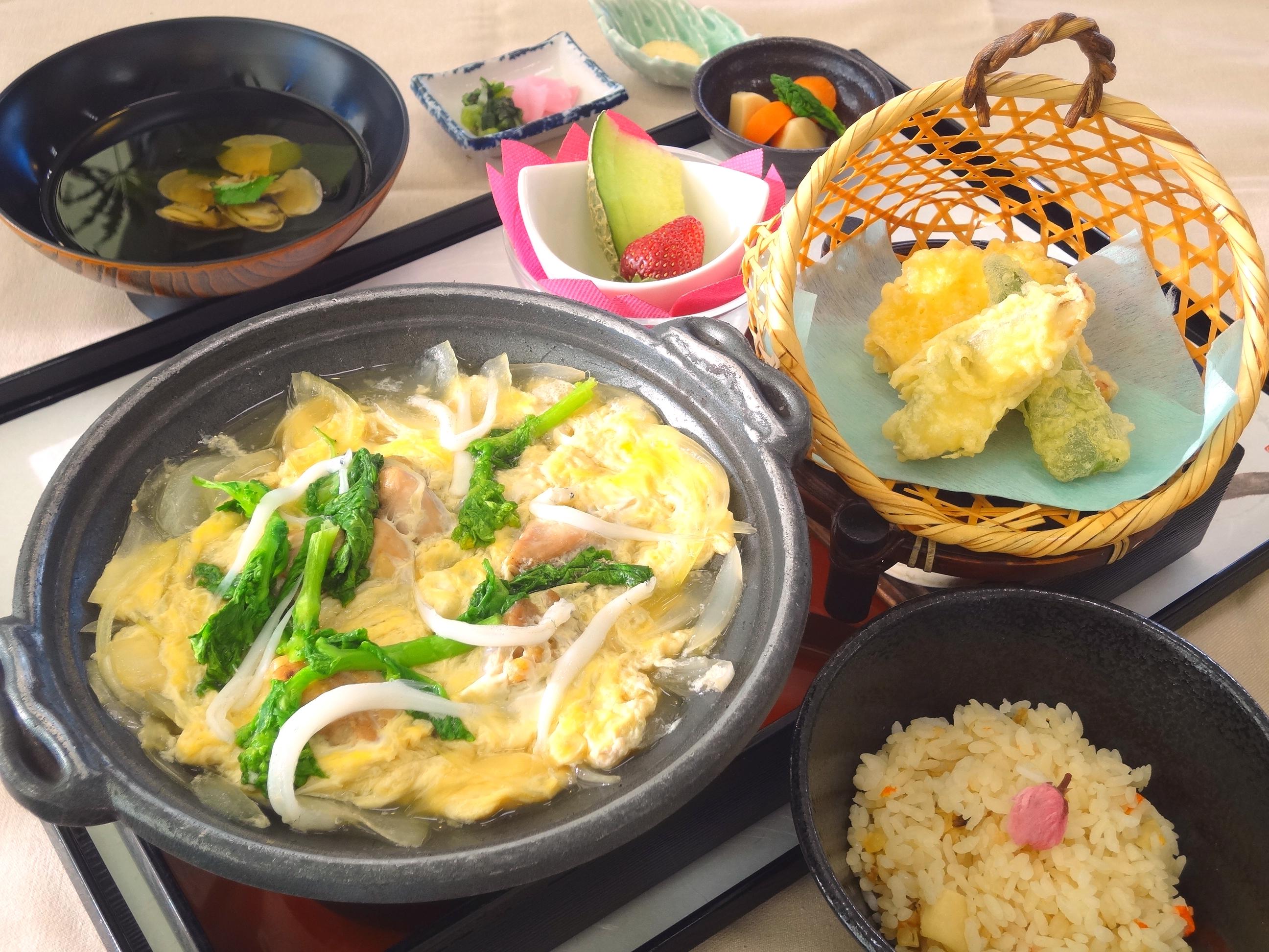 白魚と鶏煮膳②